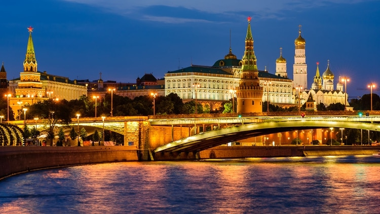 El acento ruso (que fue votado como uno de los más sexys del mundo) es sorprendentemente sexy y, como es el hogar de algunas de las supermodelos más populares del mundo, no es de extrañar que Moscú clasificara casi entre las 20 ciudades más sexis del mundo