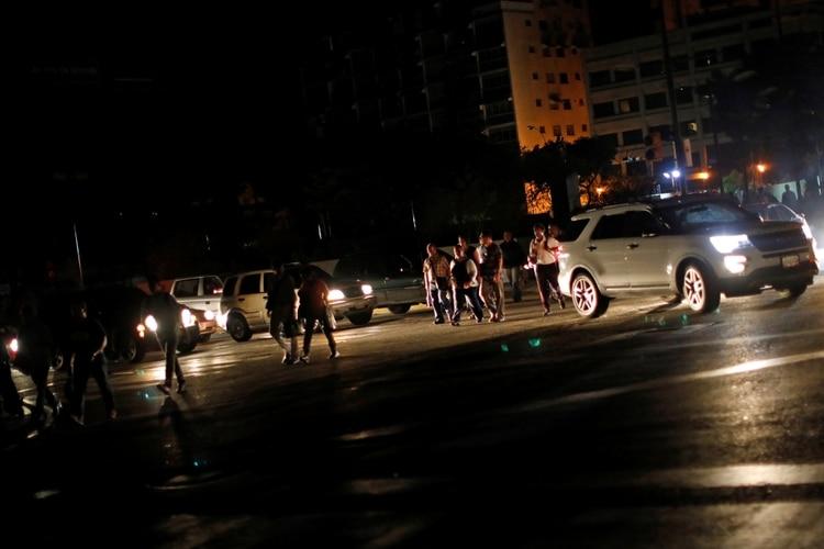 Apagón en Caracas. REUTERS/Carlos Jasso