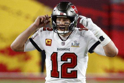 Tom Brady dio tres pases de touchdown en la final