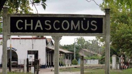 Chascomús está 123 km al sur del centro de la ciudad de Buenos Aires