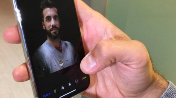 """El nuevo modo retrato permite disponer de interesantes opciones de edición que transformarán a las """"selfies"""" en fotografías profesionales"""