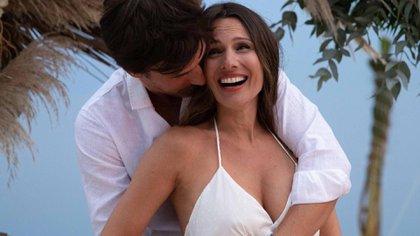 Pampita Ardohain y Roberto García Moritán esperan su primer bebé @robergmoritan