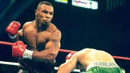¿Cuál hubiese sido la chance Tyson para ganarle a Alí? Sólo con un golpe de nocaut en los primeros cinco asaltos, ejerciendo mucha presión de ataque