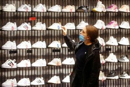 La marca alemana tiene zapatillas que ronda los 27.000 pesos