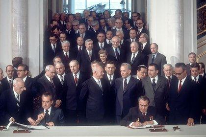 Richard Nixon y Leonid Brezhnev firmaron un acuerdo en Moscú, en 1972.