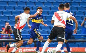 Boca y River empatan en la Bombonera en un duelo apasionante para definir el pase a semifinales de la Copa de la Liga