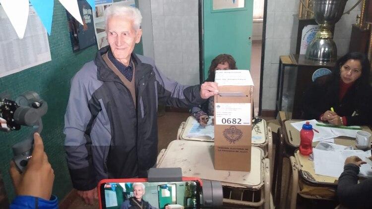 El peronista Julio Ferreyra, el principal rival de Morales, votó a las 11:30 (Nicolas Nuñez)