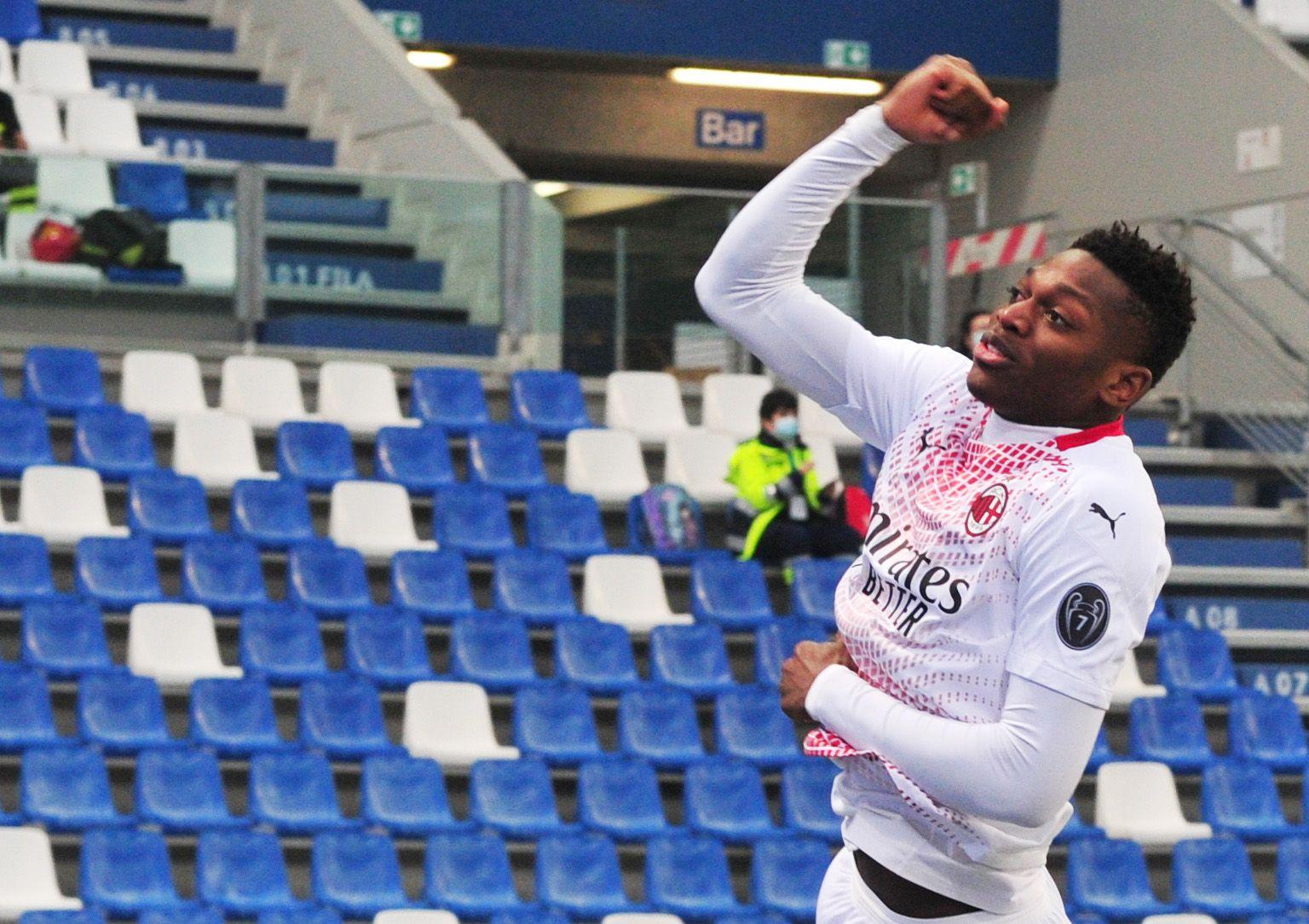 Leao anotó a los 6,7 segundos para el Milan y rompió el récord al gol más rápido en las ligas de Europa REUTERS/Jennifer Lorenzini