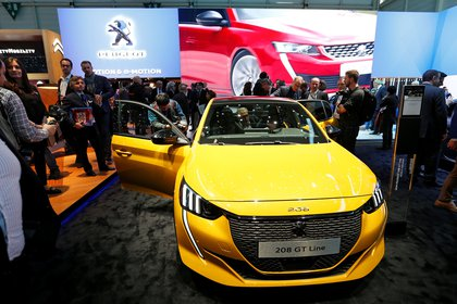 Conllantas de aleación específicas y un color de carrocería exclusivo, fue presentado el Peugeot 208 GT, la segunda generación del 208