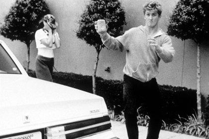"""""""Sean odiaba la atención de la prensa"""", diría muchos años después en una entrevista con Larry King. Mientras estuvieron juntos, Penn –que temía que la exposición arruinara su perfil actoral– llegaría a agarrarse a las trompadas con los fotógrafos (Shutterstock)"""
