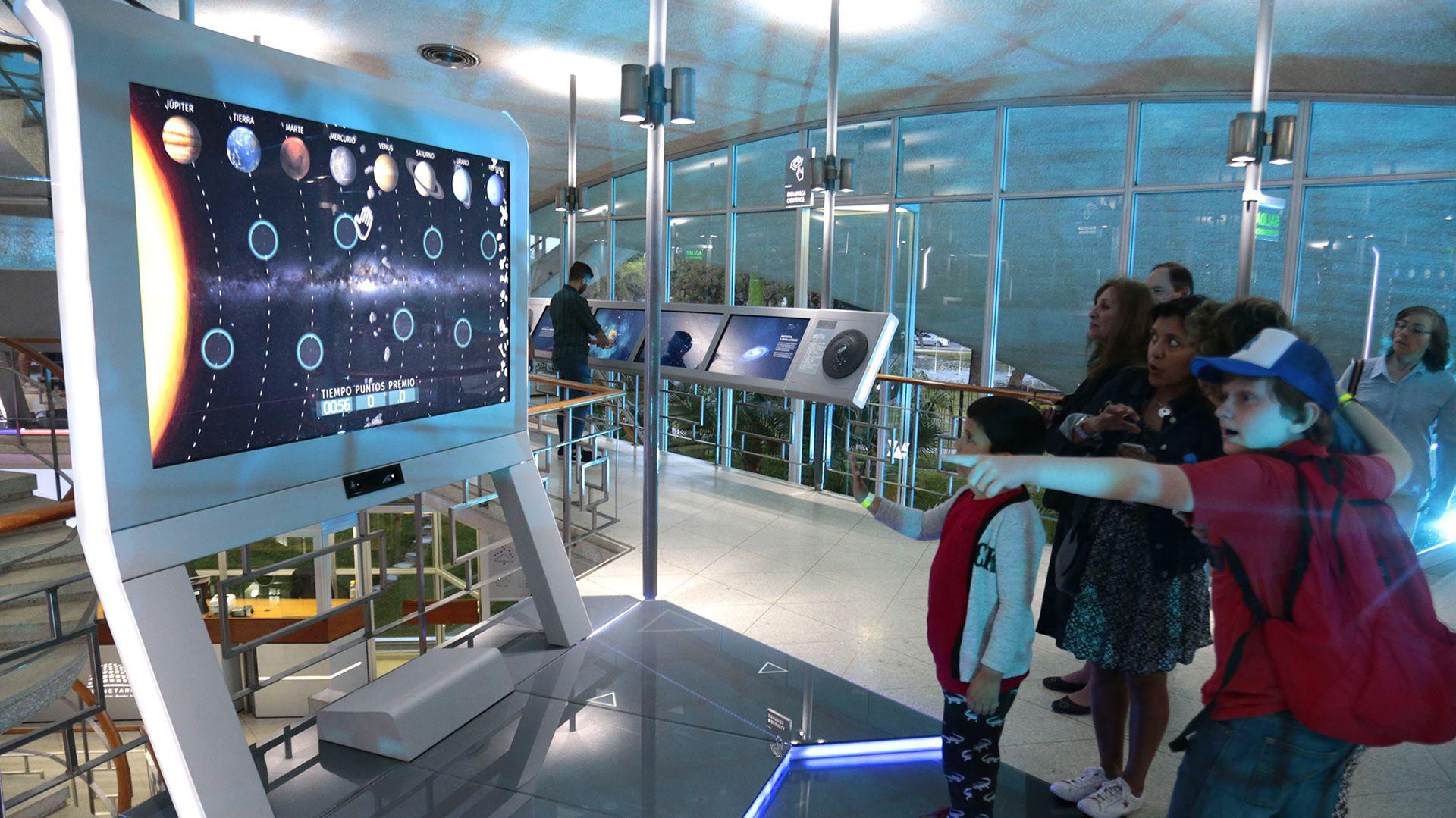 Para los amantes del cosmos, en el Planetario hay opciones para todos los gustos (Planetario)