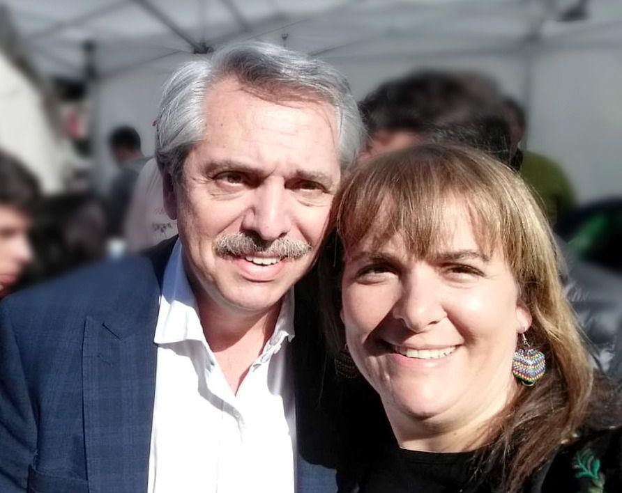 La dirigente social junto a Alberto Fernández