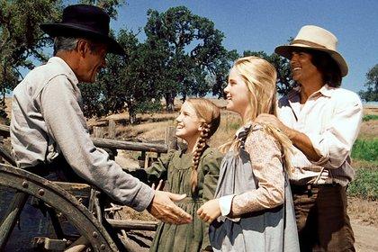 """El vestuario de los actores de """"La familia Ingalls"""" les provocaba mucho calor al elenco, por el calor en la zona y lo pesado de los materiales. Se cuenta que hubo muchos desmayos en los rodajes."""