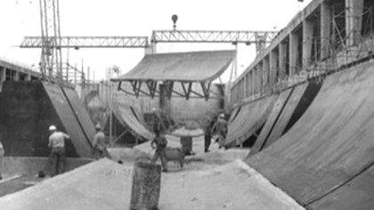 El túnel tuvo 2.397 metros de largo, desde Paraná a la isla Santa Cándida, más 542 de las rampas de acceso