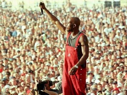 Earl Simmons, más conocido como DMX, en una actuación en Rome, New York, el 23 de julio de 1999