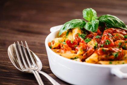 Fusilli con pesto y tuco, una de las especialidades que ofrece el menú del tradicional restaurante que se encuentra en Montserrat, Las Cañitas y Villa Crespo