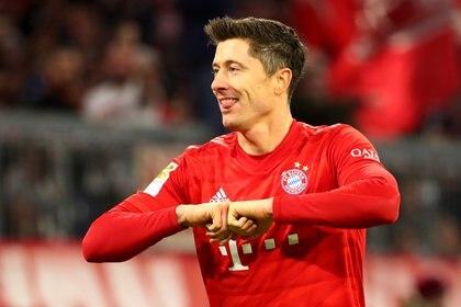 El delantero polaco Robert Lewandowski ha tenido un 2019 soñado y aspira a que sus goles le permitan ganar la Bota de Oro al final de la temporada (REUTERS)