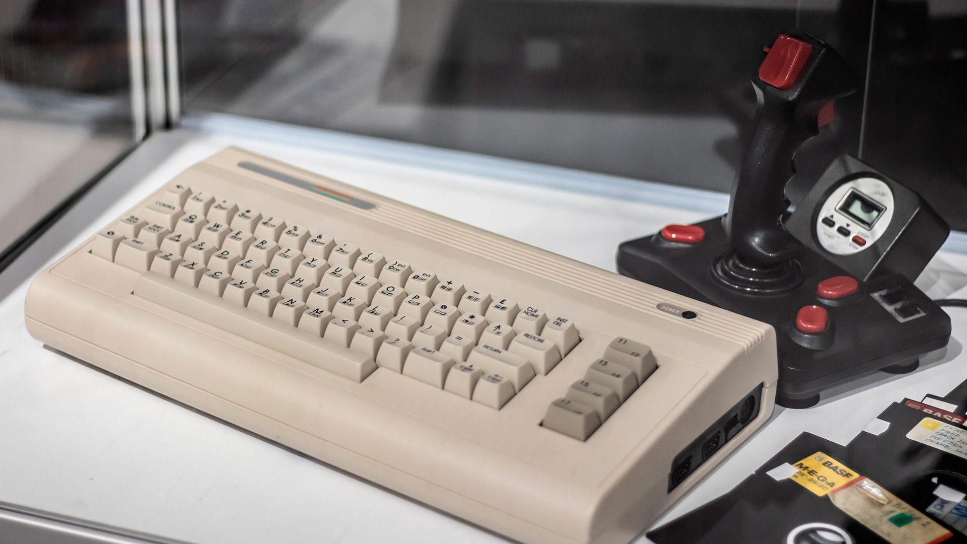 La clásica Commodore 64 dijo presente en la feria CES en 1982 (Shutterstock)