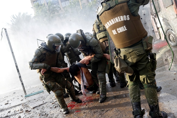 Entre los detenidos hay 12 argentinos