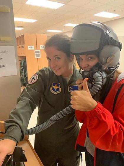 En 2019 con su hermana en Columbus AFB