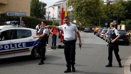 Las fuerzas de seguridad acordonaron el área (Reuters)