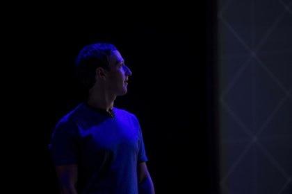 Mark Zuckerberg, fundador y CEO de Facebook, habla ante el Senado y la Cámara de Representantes del Congreso estadounidense. (David Paul Morris/Bloomberg)