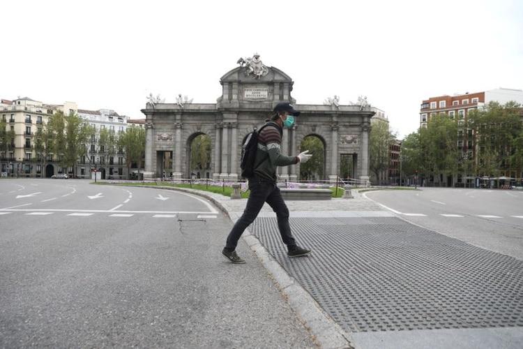 En España (aquí Puerta de Alcalá) se ha detectado una caída del 40% de la utilización de angioplastia coronaria en pacientes con infarto agudo de miocardio (tratamiento estándar) y un 80% en procedimientos de cardiopatía estructural durante la pandemia.