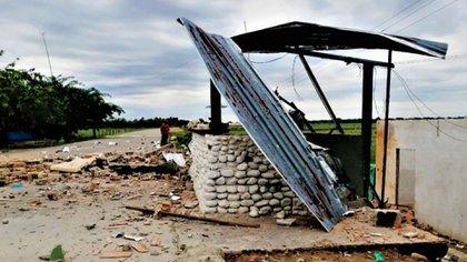 El puesto Militar en Tres Esquinas atacado por las FARC la noche del domingo 28 en Apure