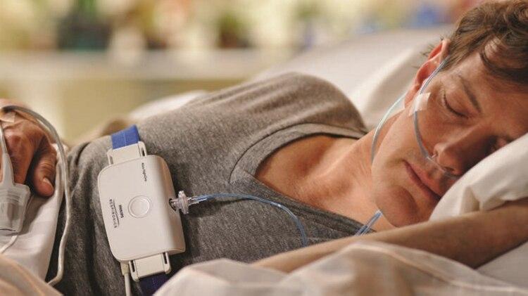 Para la apnea, existen dispositivos que permiten la entrada y salida de aire (no es oxígeno)