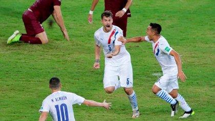 Perezo utilizó a Jiménez como titular en los dos partidos de clasificación hasta el momento (Foto: Albirroja)