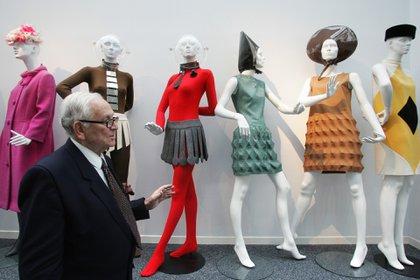 En noviembre del 2014, Pierre Cardin inauguró personalmente el Museo Pasado-Presente-Futuro situado en el número 5 de la rue Saint Merri, donde los visitantes podían admirar su pasión por la alta costura, los accesorios, la joyería y el diseño