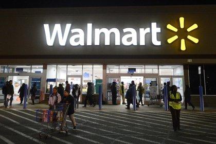 Walmart se alía con Microsoft para adquirir TikTok(EFE/MICHAEL REYNOLDS)