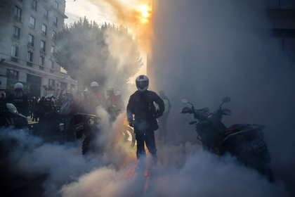 Los Carabineros de Chile detuvieron este lunes a un total de 31 personas (JAVIER TORRES / AFP)