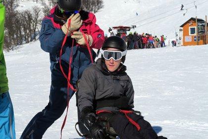 Su viaje en ski adaptado, el deporte es una de los rituales que más disfruta