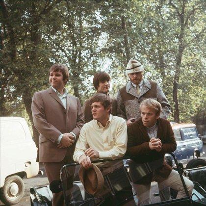 Beach Boys fue el grupo de los hermanos Wilson, Brian, Carl y Dennis, junto a Al Jardine, del que participó Mike Love desde el día uno y hasta hoy. También fue de la partida David Marks, vecino de los chicos, que formó parte entre 1962 y 1963, para reaparecer en la reunión de 2012 (Shutterstock)