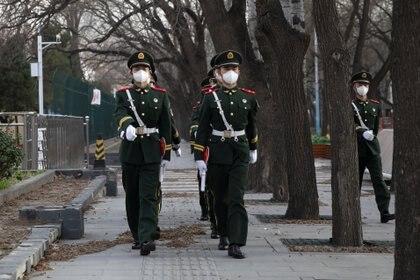 La gripe china nació en la ciudad de Wuhan, en el centro de la potencia asiática, en noviembre pasado. Recién hacia fines de diciembre y principios de enero advirtieron sobre el brote, ocultando información clave (Reuters)