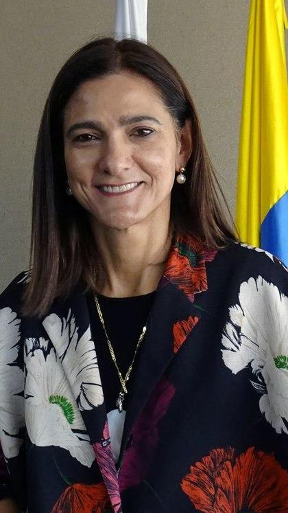 La ministra colombiana de Transporte, Ángela María Orozco, posa para una fotografía antes de de una entrevista con Reuters en Bogotá, Colombia, 17 de marzo, 2020. REUTERS/Luis Jaime Acosta
