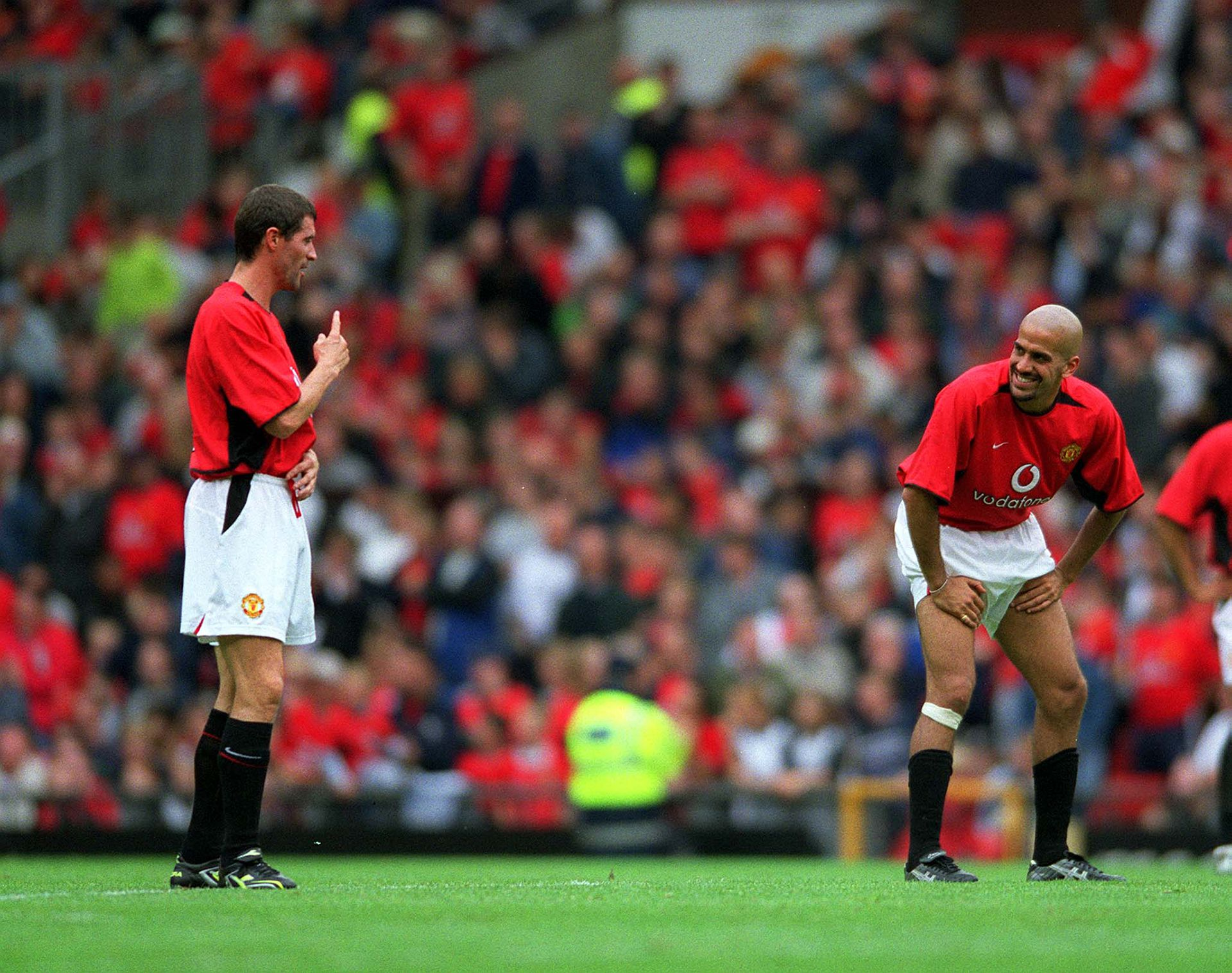 Verón junto a Roy Keane en el Manchester Foto: Shutterstock