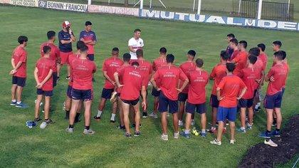 Sergio Chitero tendrá su estreno como director técnico ante River, por Copa Argentina (club_depro)