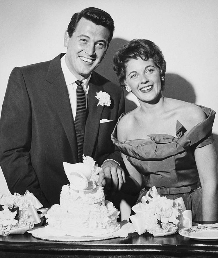 Junto a Phyllis Gates, el día de su casamiento secreto