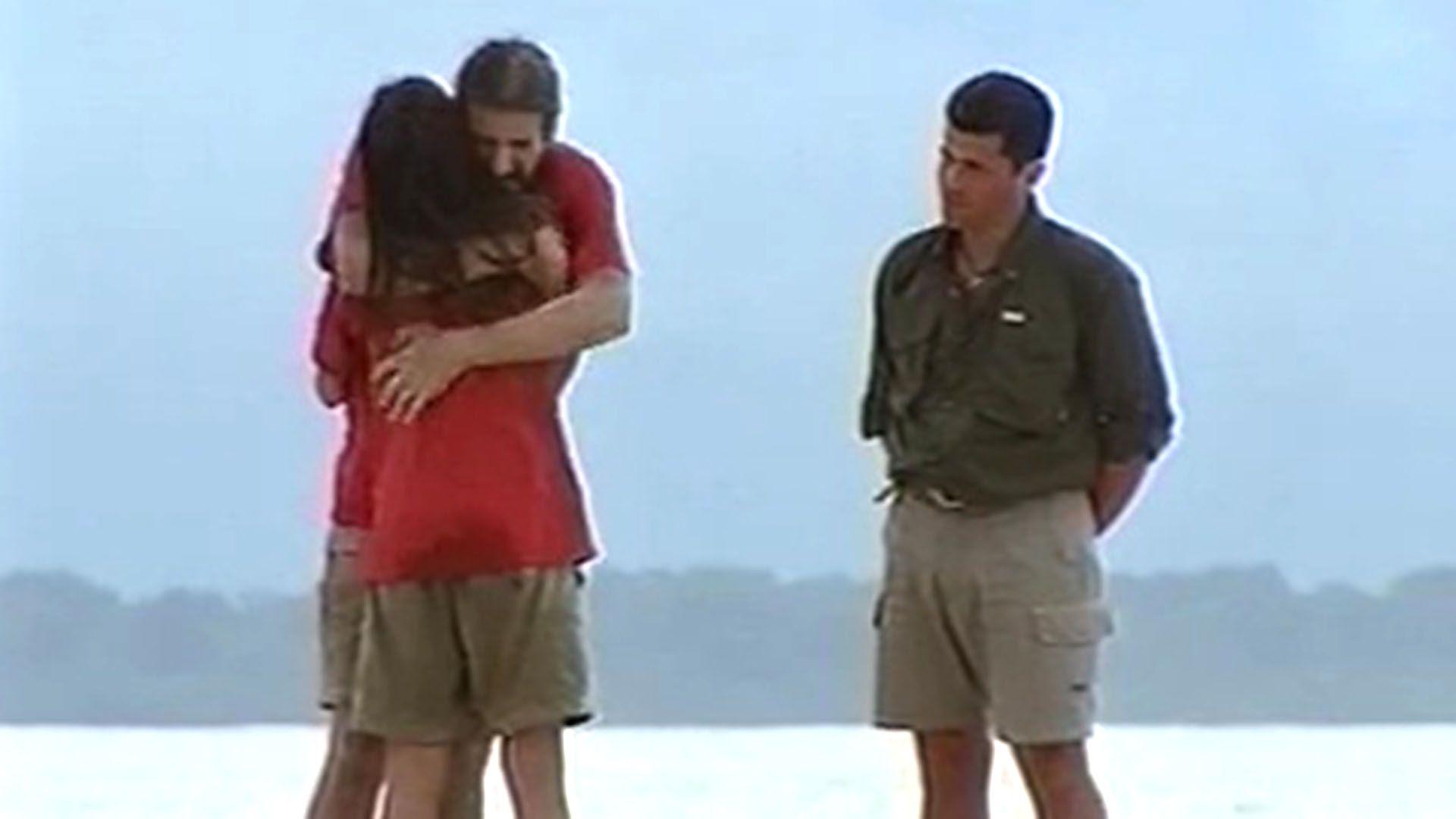 El abrazo con Adrián cuando terminó el juego