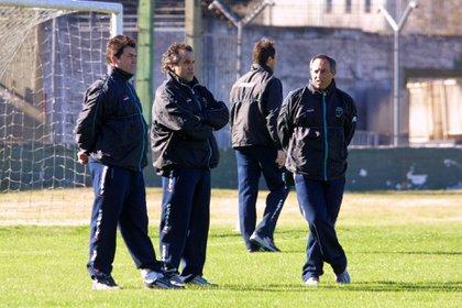 Giunta, Márcico y Saturno en su breve estadía como entrenadores de Nueva Chicago (FotoBaires)