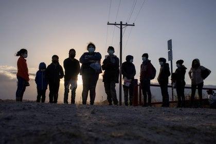 Las cifras de marzo muestran un aumento del 178% en el número de familias migrantes detenidas en la frontera en comparación con el mes pasado. (Foto: Reuters)