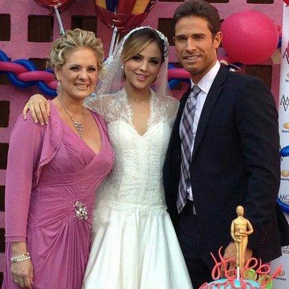 """Eiza en la época de """"Amores verdaderos"""" (Instagram)"""