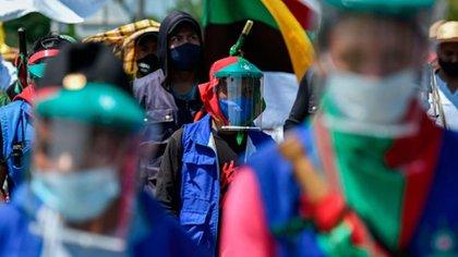 Centenares de indígenas emprenderán la marcha hacia Bogotá con el propósito de buscar un diálogo con el presidente Iván Duque. Foto: AFP