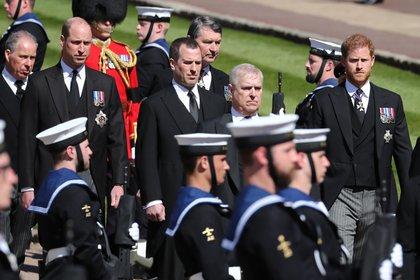 William y Harry en el cortejo fúnebre