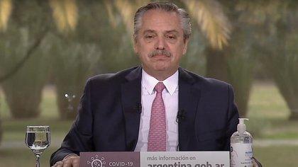 """Alberto Fernández planteó que YPF Agro """"se convierta en una sociedad autónoma, de referencia del Estado en el sector cerealero"""""""