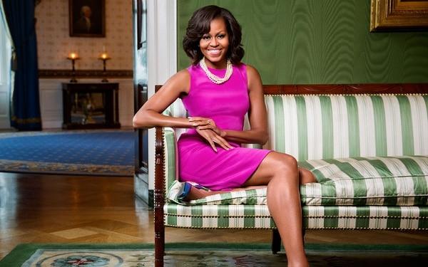 Las memorias de Michelle Obama van desde sus comienzos de niña en Chicago hasta surol como Primera Dama de los Estado Unidos