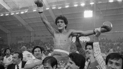 Sánchez defendió nueve veces su título mundial de peso pluma (Foto: Especial)