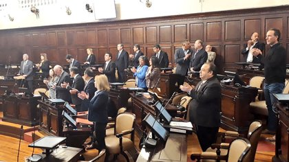 Postal del debate de la sanción del Código Contrevencional. (@senadomendoza)